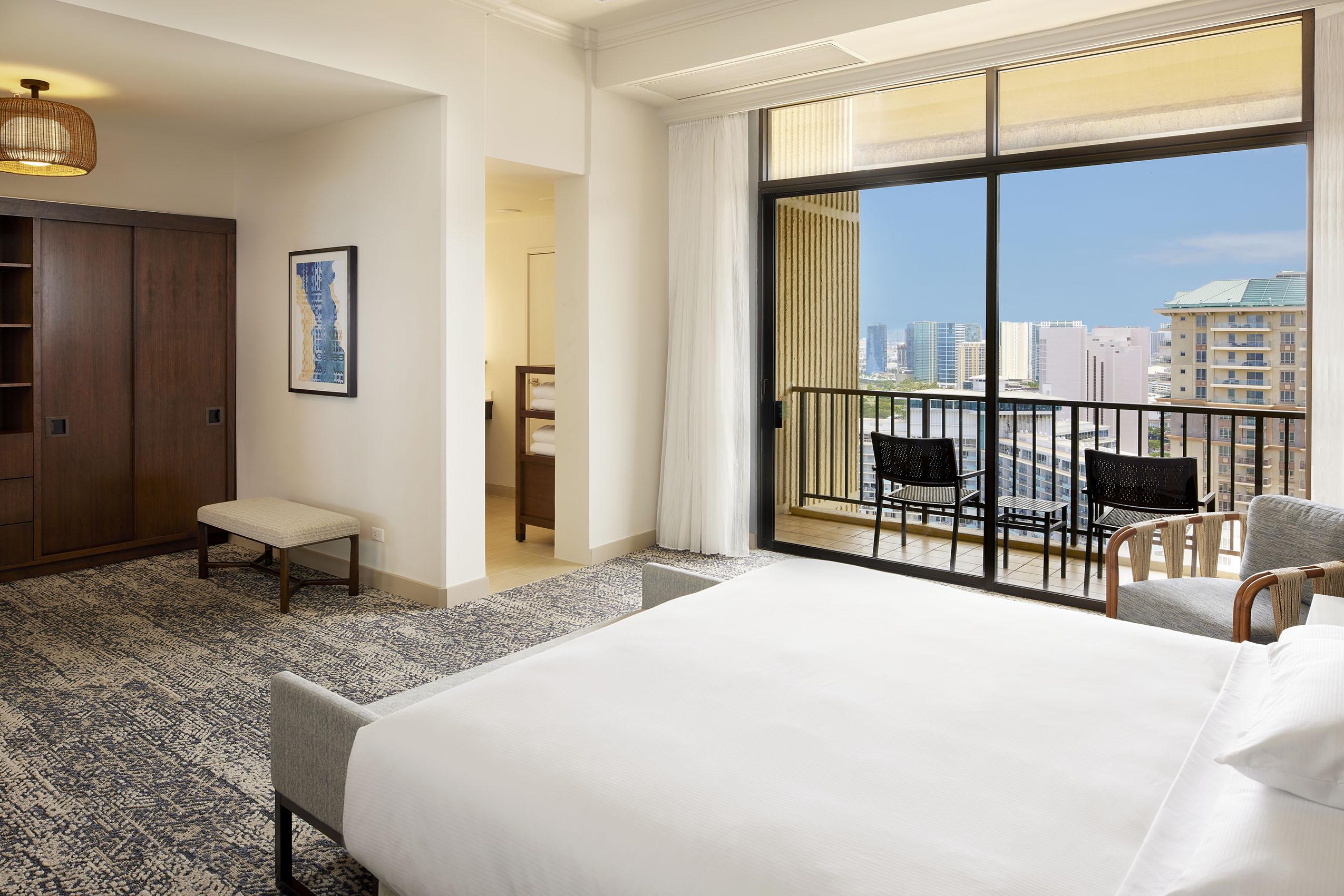 HHV_Leilani-Suite-Bedroom-view-1.jpg